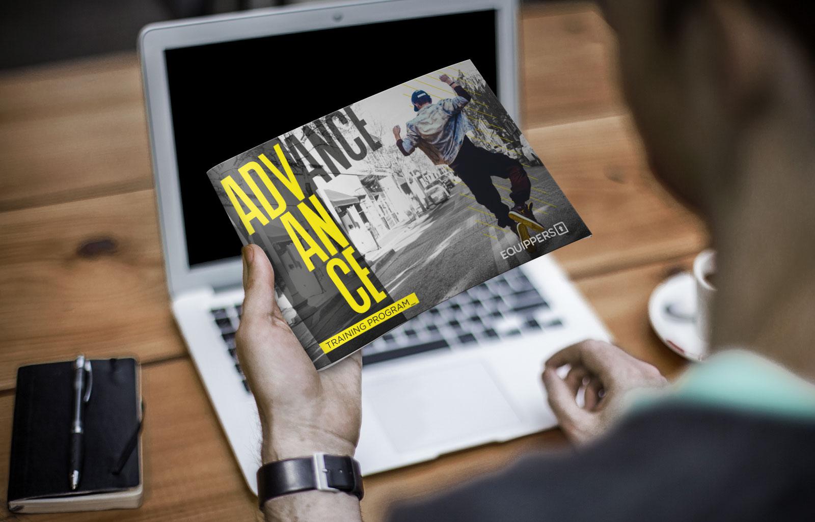 brochure advance training program Diego Favaretto Web designer